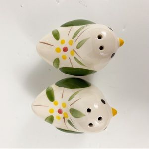Kitchen - Vintage Bird Salt And Pepper Shakers Flora Leaf